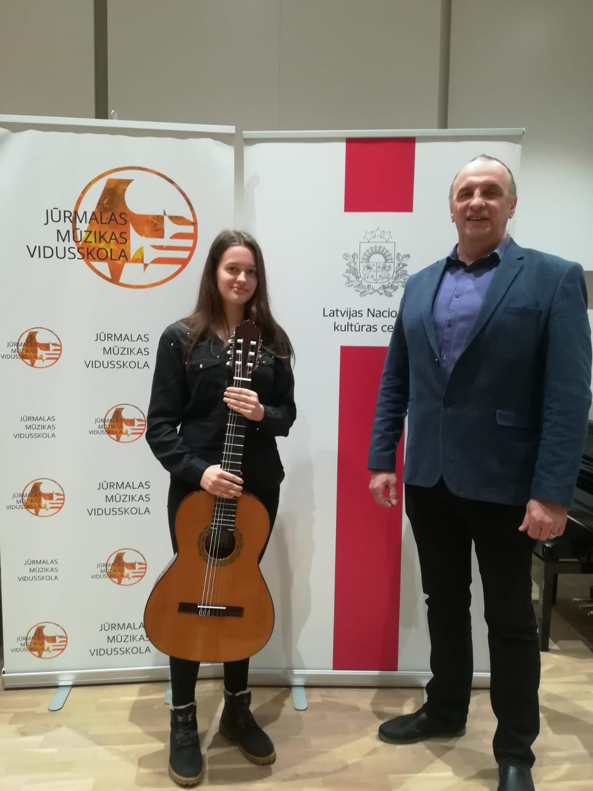 Valsts konkursa III kārta izglītības programmā Stīgu instrumentu spēle – Ģitāras spēle.